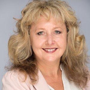 Wendy Alexander of WYMCK Colour